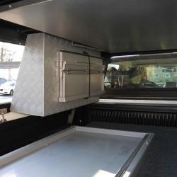 Coffre de rangement latéral ALU-CAB Gris 750mm pour tous hard-tops ALU-CAB sauf HZJ79 GRJ79