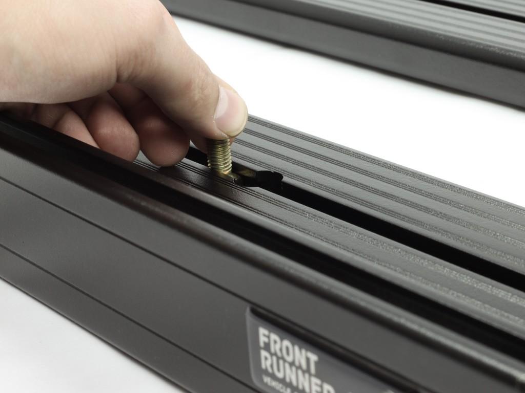 Galerie FRONT RUNNER Slimline II 1425 x 2772 mm Gutter Mount Haute pour Toyota Land Cruiser 75 et 78